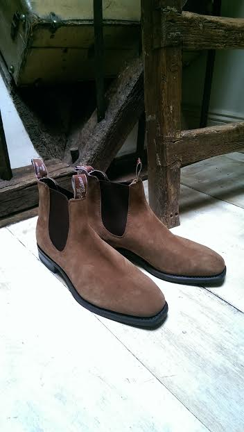 Comfort Craftsman in Mid Brown Suede £350