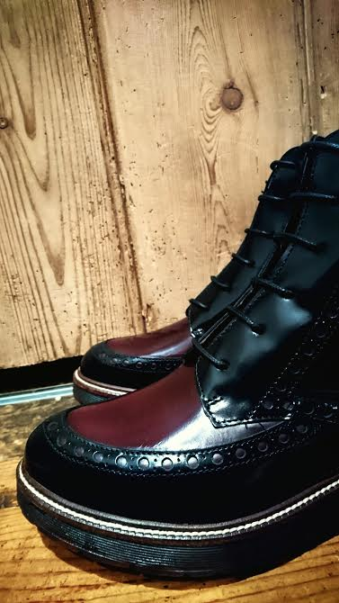 Wonders 4325 Chervil in black/cherry £145.